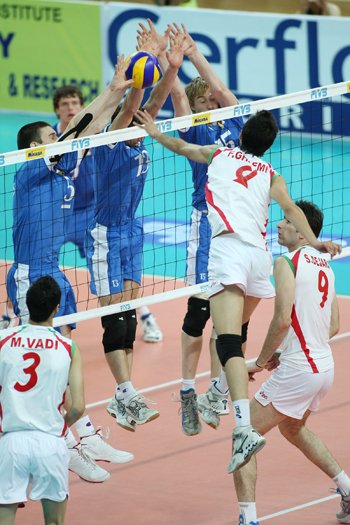 http://arkadash1.persiangig.com/volleyball2009/11.jpg