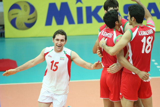 http://arkadash1.persiangig.com/volleyball2009/15.jpg