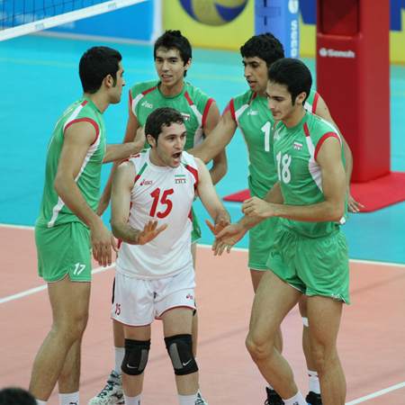 http://arkadash1.persiangig.com/volleyball2009/16.jpg