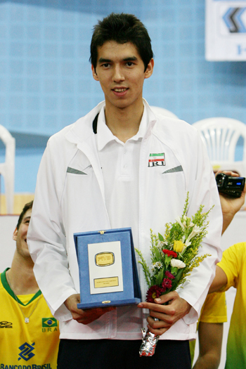 http://arkadash1.persiangig.com/volleyball2009/17.jpg